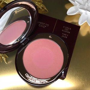 ✨NIB✨  Classic Pink Blush : Love Glow 💕